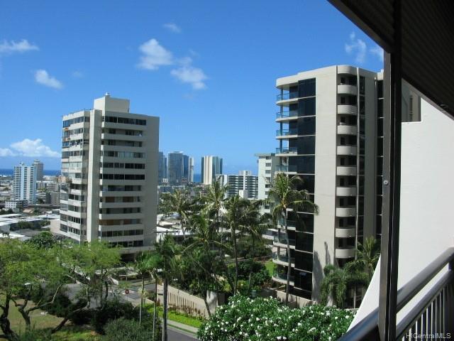 1010 Wilder Avenue #502, Honolulu, HI 96822 (MLS #201915572) :: The Ihara Team