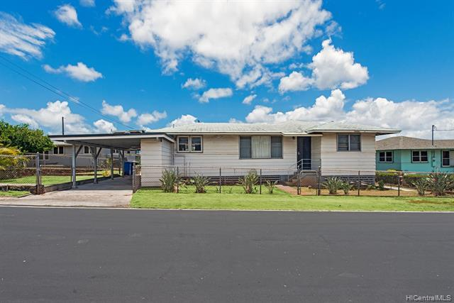 829 Nanakai Place, Pearl City, HI 96782 (MLS #201915746) :: The Ihara Team