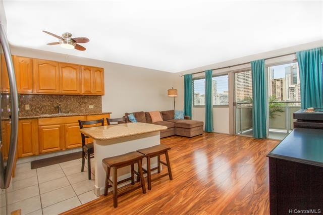 509 University Avenue #703, Honolulu, HI 96826 (MLS #201916884) :: Elite Pacific Properties