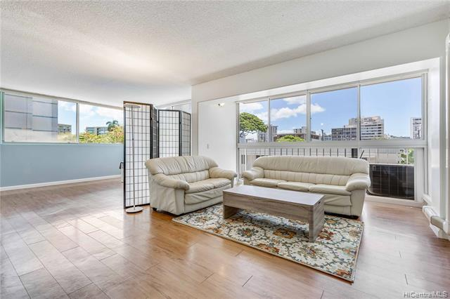 1710 Punahou Street #302, Honolulu, HI 96822 (MLS #201917310) :: Keller Williams Honolulu