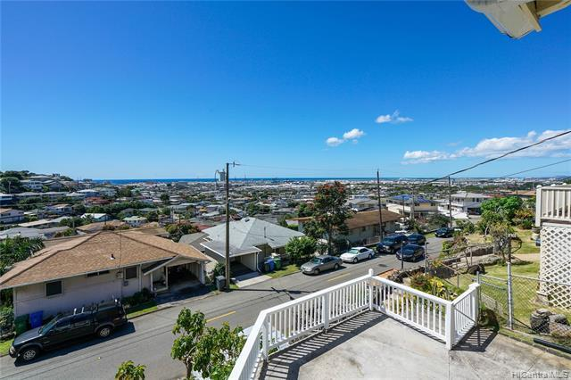 1627 Kealia Drive, Honolulu, HI 96817 (MLS #201917409) :: The Ihara Team