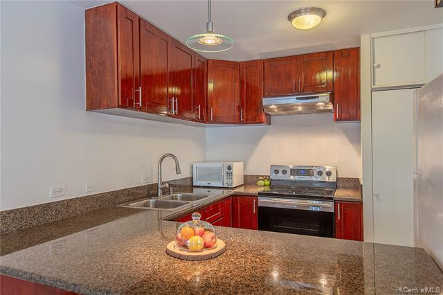 1314 Piikoi Street #402, Honolulu, HI 96814 (MLS #201917436) :: The Ihara Team