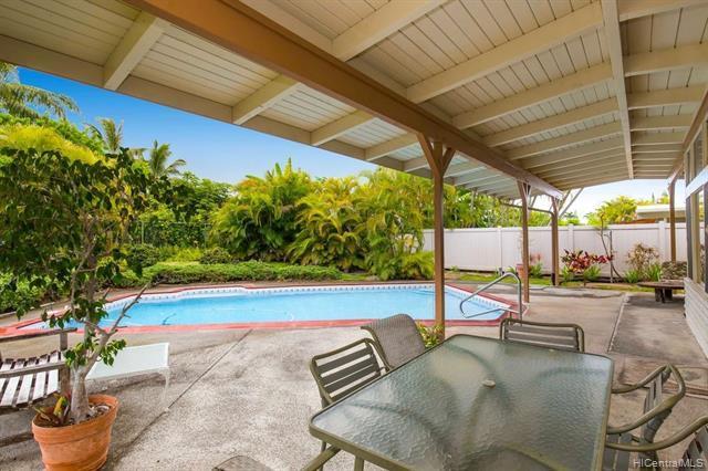 258 Kakahiaka Street, Kailua, HI 96734 (MLS #201917463) :: Hardy Homes Hawaii