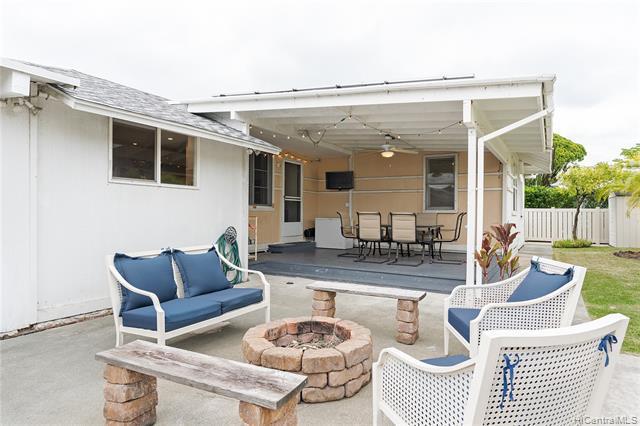618A Halela Street, Kailua, HI 96734 (MLS #201917545) :: Barnes Hawaii