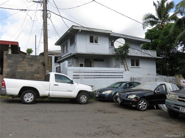 1715 Laumaile Street, Honolulu, HI 96819 (MLS #201918004) :: The Ihara Team