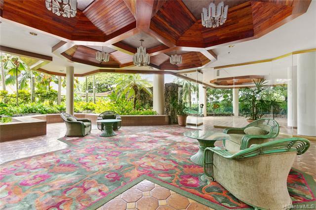 1525 Wilder Avenue #303, Honolulu, HI 96822 (MLS #201918698) :: Barnes Hawaii
