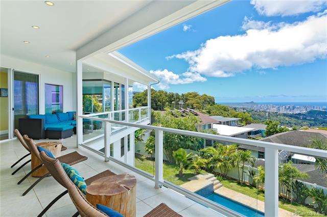 1033 Hemolele Place, Honolulu, HI 96817 (MLS #201918962) :: Barnes Hawaii
