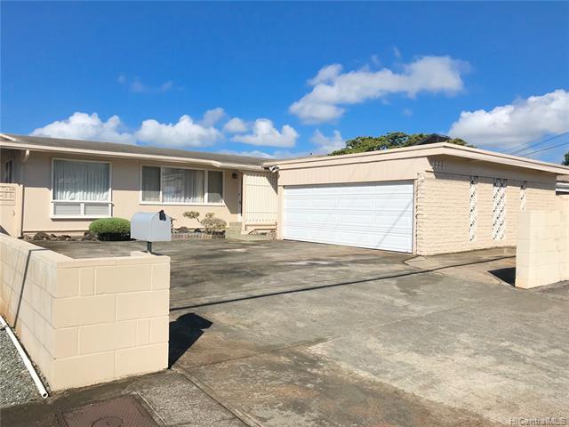 1222 Ala Mahamoe Street, Honolulu, HI 96819 (MLS #201919252) :: Barnes Hawaii