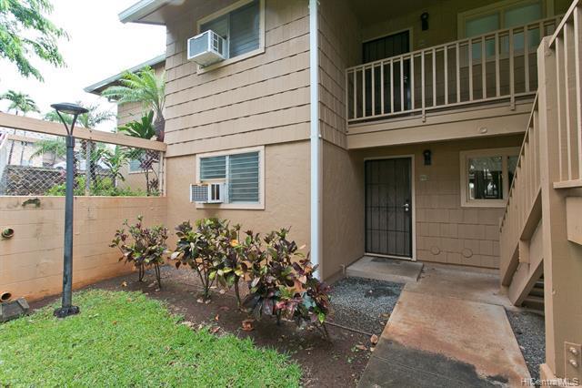 98-1392 Koaheahe Place 16/151, Pearl City, HI 96782 (MLS #201919270) :: The Ihara Team