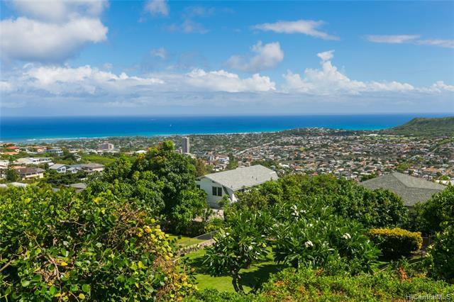 4451 Sierra Drive, Honolulu, HI 96816 (MLS #201919436) :: The Ihara Team