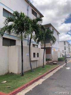 94-245 Leowahine Street #1004, Waipahu, HI 96797 (MLS #201919530) :: The Ihara Team