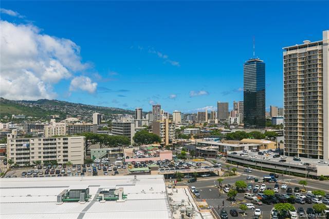 750 Kaheka Street #1105, Honolulu, HI 96814 (MLS #201919535) :: The Ihara Team