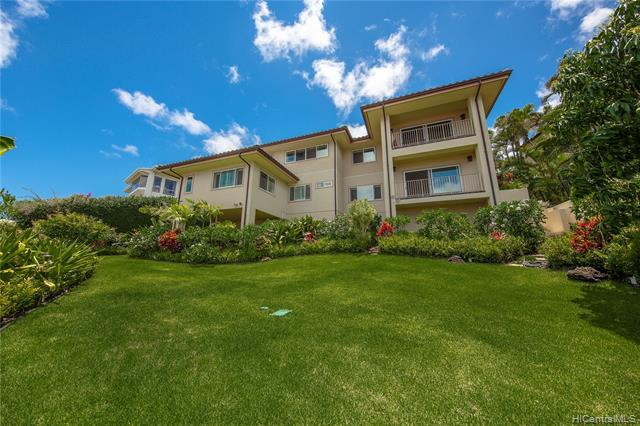 445 Maono Loop, Honolulu, HI 96821 (MLS #201919560) :: The Ihara Team