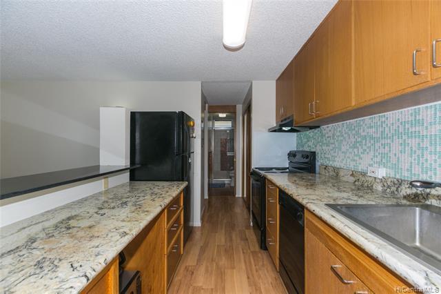 1155 Hassinger Street #203, Honolulu, HI 96822 (MLS #201919651) :: Keller Williams Honolulu