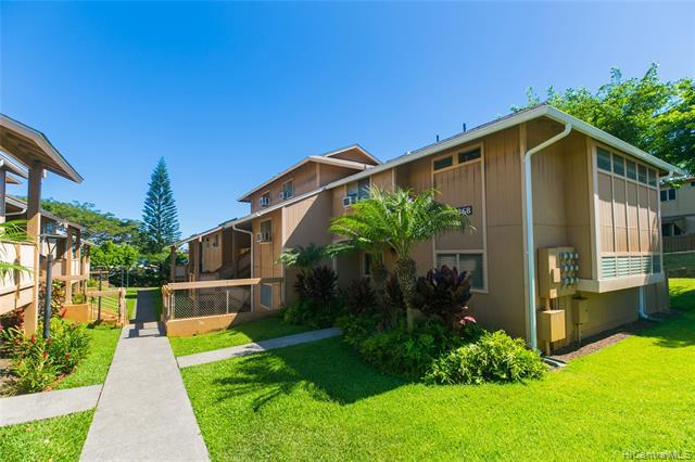 98-1368 Koaheahe Place 19/186, Pearl City, HI 96782 (MLS #201919725) :: Team Lally