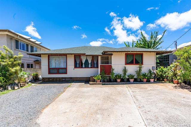 1228 Makalapua Place, Honolulu, HI 96817 (MLS #201919734) :: The Ihara Team