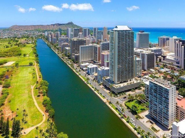 2233 Ala Wai Boulevard 16B, Honolulu, HI 96815 (MLS #201919883) :: Team Lally
