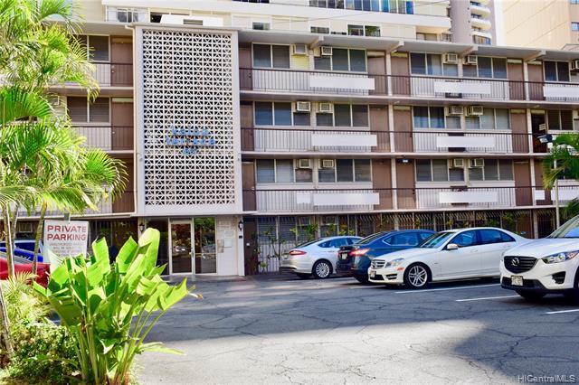 1867 Kaioo Drive #406, Honolulu, HI 96815 (MLS #201921001) :: Keller Williams Honolulu
