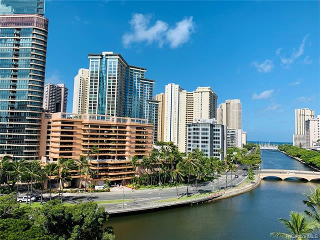 620 Mccully Street #906, Honolulu, HI 96826 (MLS #201921015) :: The Ihara Team