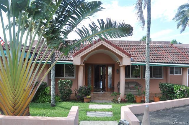 45-188 Kaneohe Bay Drive, Kaneohe, HI 96744 (MLS #201921755) :: Keller Williams Honolulu