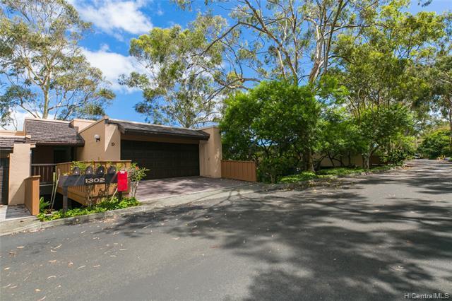1302D Kamahele Street #2401, Kailua, HI 96734 (MLS #201922491) :: Team Lally