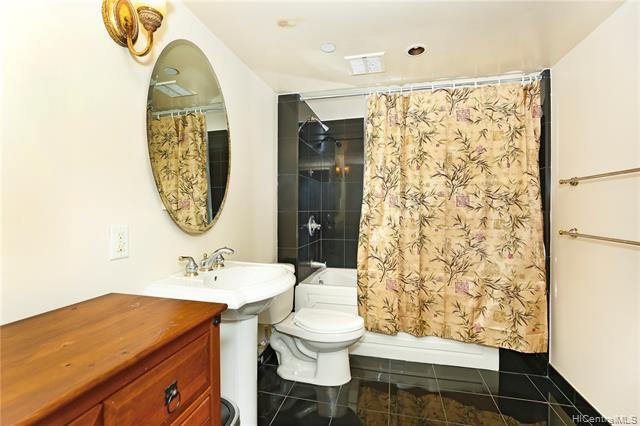 1188 Bishop Street 3500B, Honolulu, HI 96813 (MLS #201922732) :: Hardy Homes Hawaii