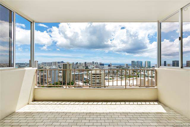 1001 Wilder Avenue #1103, Honolulu, HI 96822 (MLS #201926438) :: The Ihara Team