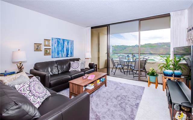 1717 Mott Smith Drive #1908, Honolulu, HI 96822 (MLS #201926501) :: The Ihara Team