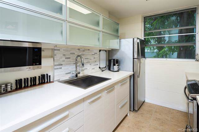 98-1042 Moanalua Road 2-205, Aiea, HI 96701 (MLS #201926676) :: Team Lally