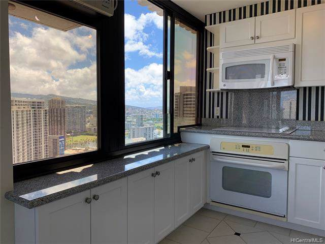 343 Hobron Lane #3901, Honolulu, HI 96815 (MLS #201926702) :: The Ihara Team