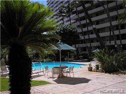 425 Ena Road 406A, Honolulu, HI 96815 (MLS #201926826) :: Team Lally