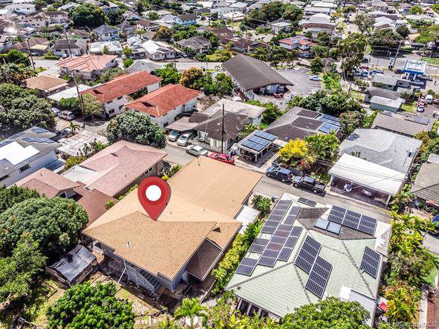 2124 Chamberlain Street, Honolulu, HI 96822 (MLS #201929481) :: The Ihara Team
