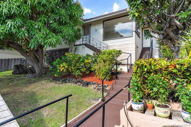 1533 St Louis Drive, Honolulu, HI 96816 (MLS #201931342) :: The Ihara Team