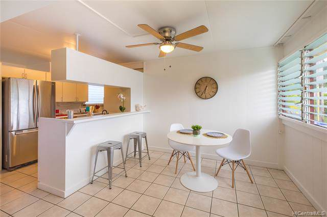 1584 Uluhao Street, Kailua, HI 96734 (MLS #201932838) :: The Ihara Team