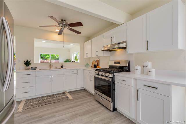 94-280 Kikalake Place, Mililani, HI 96789 (MLS #201933489) :: Team Lally