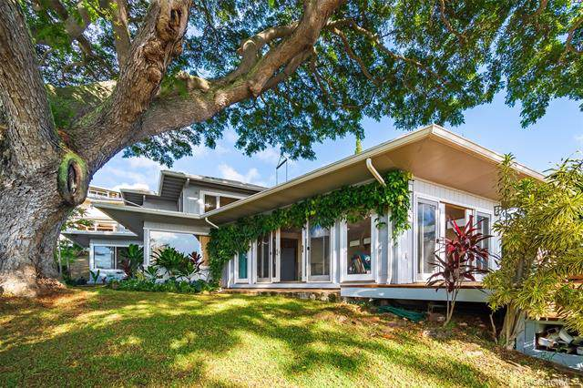 3769 Mariposa Drive, Honolulu, HI 96816 (MLS #201933887) :: The Ihara Team