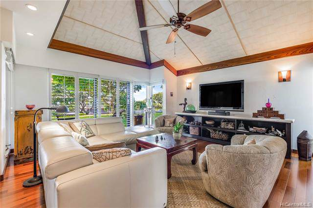 391A Kaelepulu Drive #1401, Kailua, HI 96734 (MLS #201933922) :: The Ihara Team