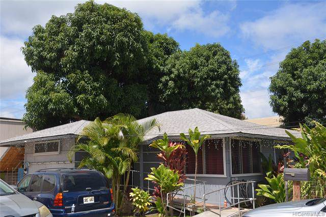 98005 Kaluamoi Place, Pearl City, HI 96782 (MLS #202000006) :: The Ihara Team