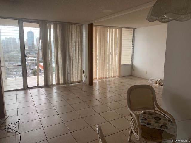 1215 Alexander Street #1201, Honolulu, HI 96826 (MLS #202000202) :: Team Lally