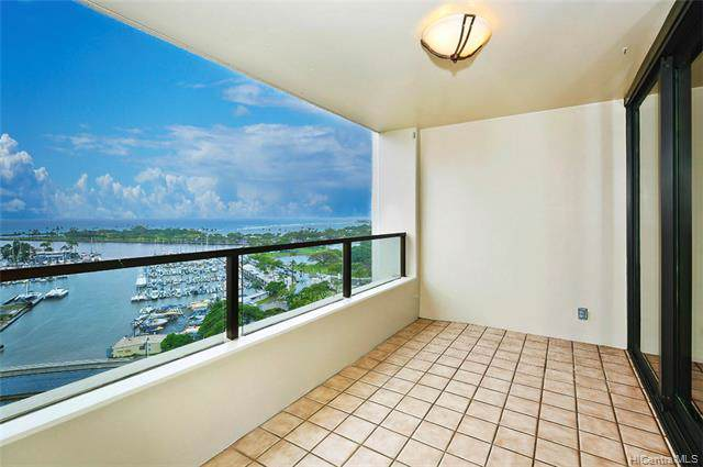 1650 Ala Moana Boulevard #1811, Honolulu, HI 96815 (MLS #202000560) :: The Ihara Team