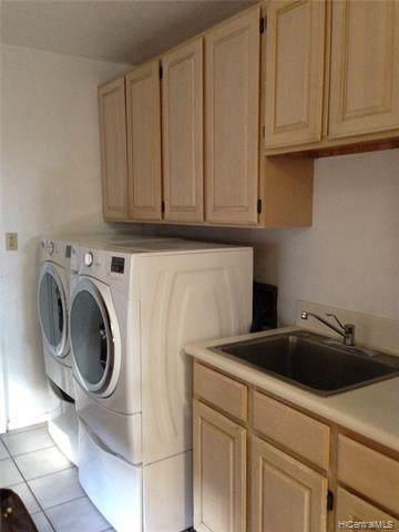 1490 Ala Leleu Street, Honolulu, HI 96818 (MLS #202001455) :: Hardy Homes Hawaii