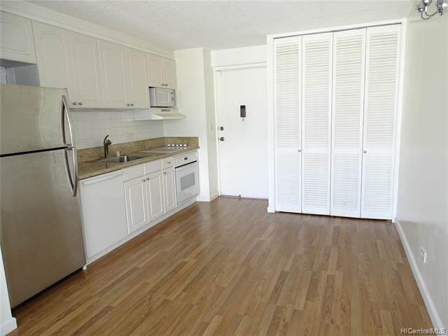 1655 Makaloa Street #1417, Honolulu, HI 96814 (MLS #202001703) :: Keller Williams Honolulu