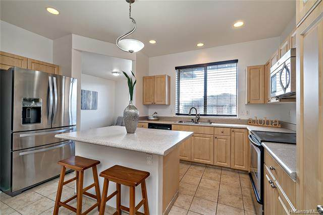 92-1127 Panana Street #704, Kapolei, HI 96707 (MLS #202002948) :: Island Life Homes