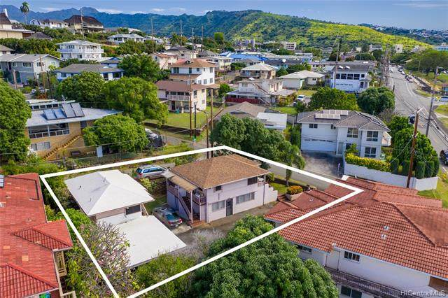 1708 Nakiu Place, Honolulu, HI 96822 (MLS #202003098) :: Keller Williams Honolulu