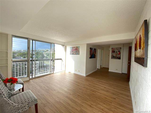 2055 Nuuanu Avenue #701, Honolulu, HI 96817 (MLS #202003671) :: Barnes Hawaii