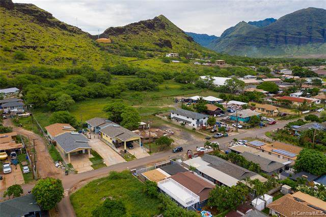 87-1446 Akowai Road, Waianae, HI 96792 (MLS #202004042) :: Team Lally