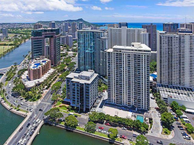1717 Ala Wai Boulevard #1210, Honolulu, HI 96815 (MLS #202004226) :: Team Lally