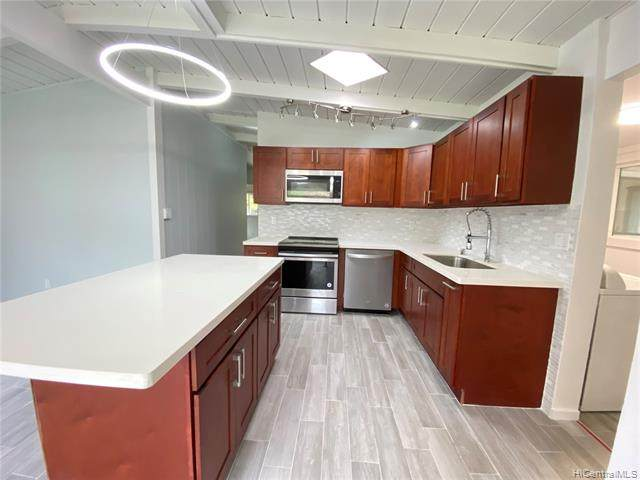 2271 Auhuhu Street, Pearl City, HI 96782 (MLS #202004865) :: Barnes Hawaii