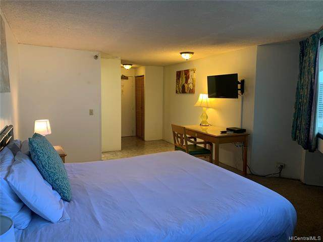 1700 Ala Moana Boulevard #3703, Honolulu, HI 96815 (MLS #202006474) :: Elite Pacific Properties