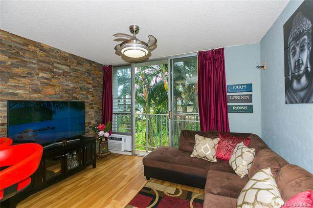 2845 Waialae Avenue #216, Honolulu, HI 96826 (MLS #202006520) :: Team Lally
